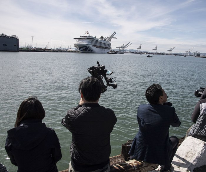 CDC extends 'no sail' order for cruise ships at or near U.S. ports