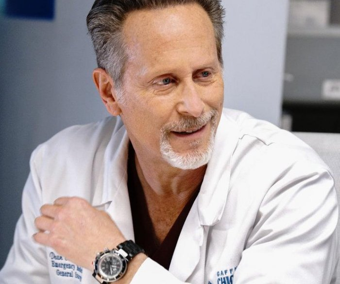 Steven Weber: Joining 'Chicago Med' is like jumping on moving train