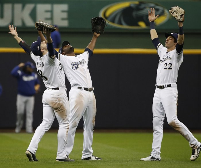 NLCS: Brewers hold off Dodgers, force Game 7