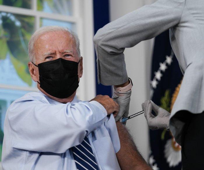 Biden receives Pfizer-BioNTech booster shot days after CDC approval