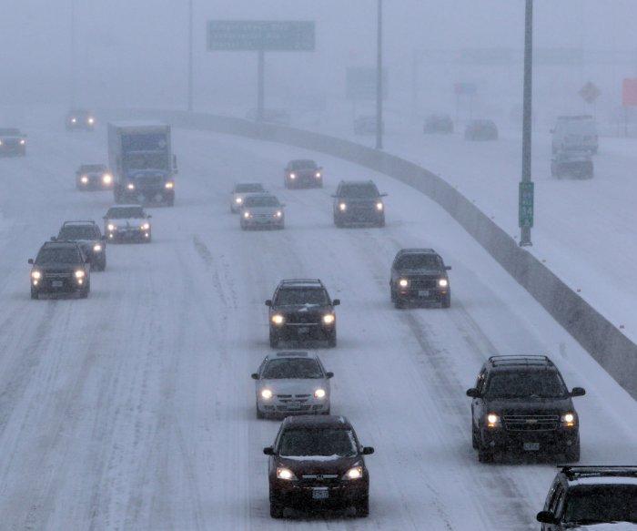 Holiday weekend storm generating dangerous travel across Northeast