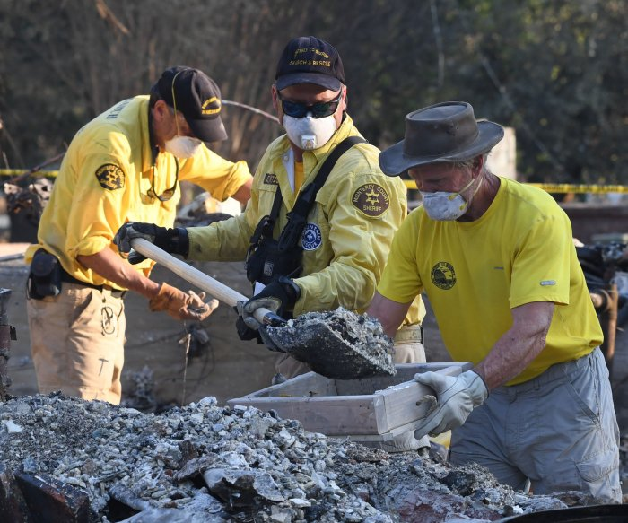 Deadly wildfires ravage Northern California