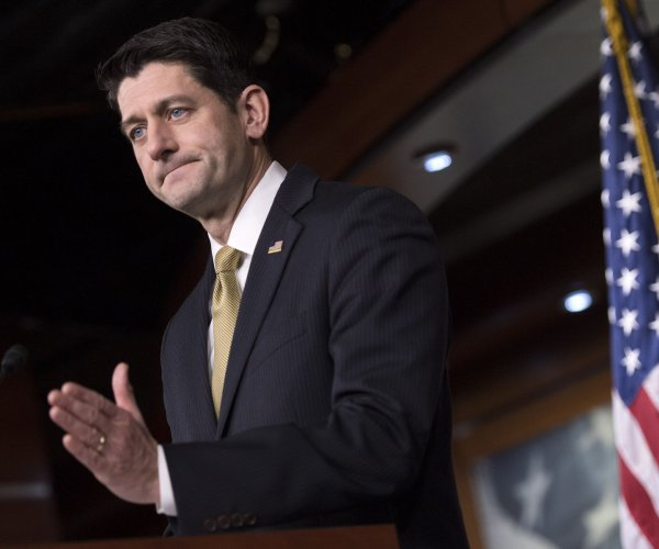 Government shutdown: House would back short-term funding deal