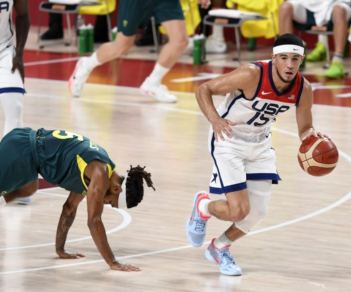 U.S. routs Australia in men's hoops to advance to gold medal game