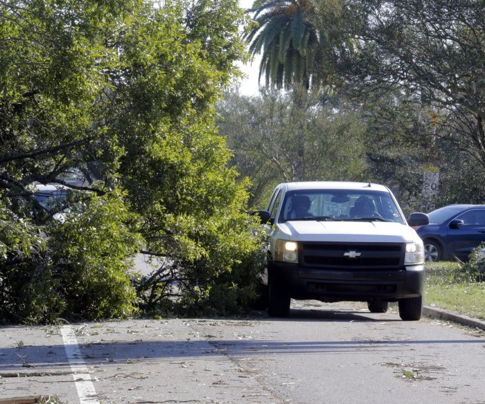 Hurricane Zeta: Hundreds of thousands without power; temps drop in S.C.