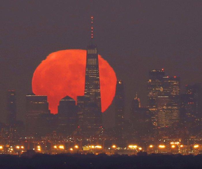 Halloween weekend's Blue Moon to last through Sunday