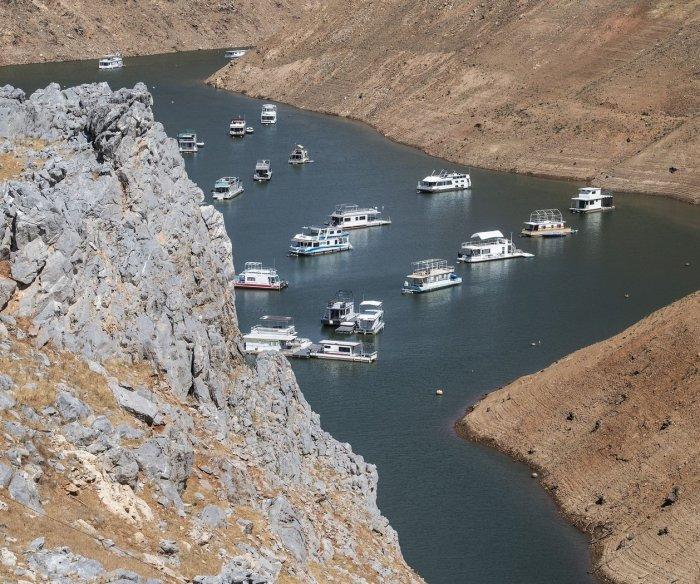Winter 'wildcard' brings uncertainty for California's water woes