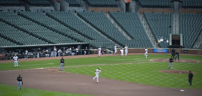 Orioles play White Sox in empty ballpark