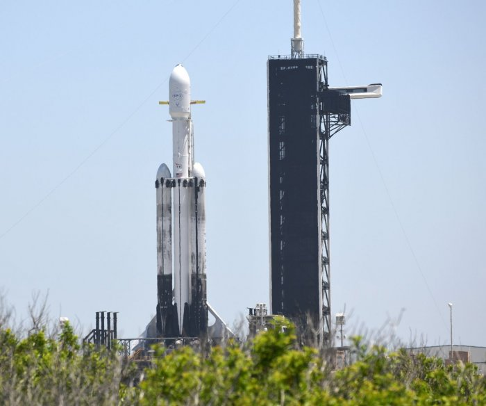 Watch live: SpaceX Falcon Heavy launch to carry weather satellites, other payloads