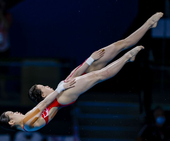 Tokyo Olympics: Moments from women's diving