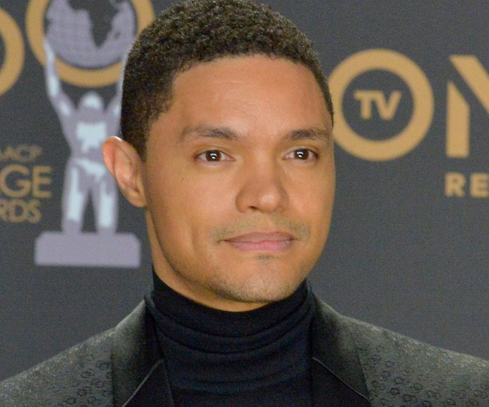 'The Daily Show' to air live Tuesday after fourth Democratic debate