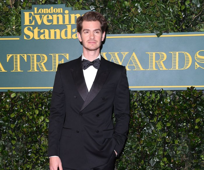 Andrew Garfield, Cate Blanchett walk red carpet at ES Theatre Awards