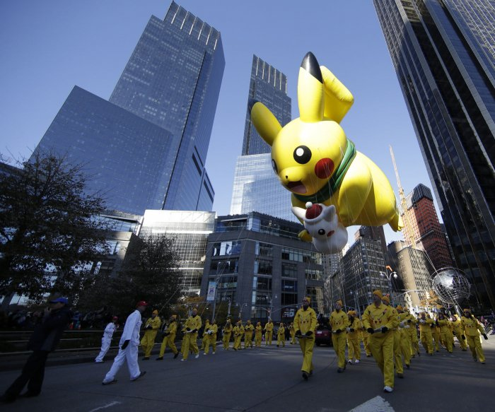 Macy's 91st annual parade kicks off Thanksgiving in NYC