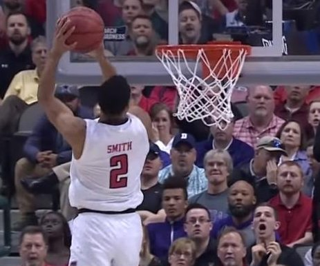 March Madness: Watch Zhaire Smith's 360 alley-oop slam