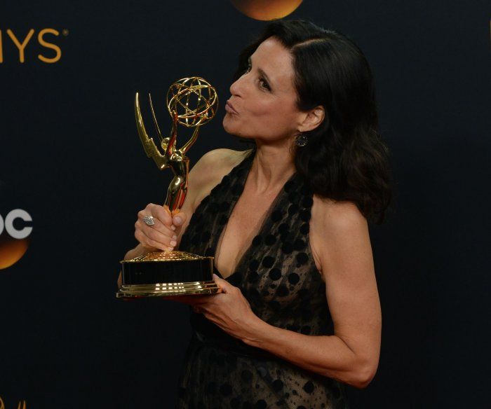 2016 Emmys: Winners backstage