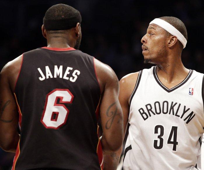 Paul Pierce, Baron Davis see dilemma of LeBron's next move