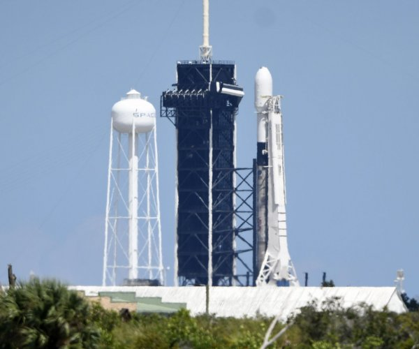 SpaceX aims for another Starlink satellite cluster launch