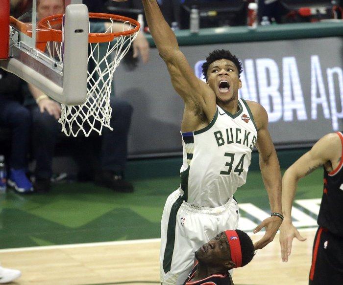 Bucks' Giannis Antetokounmpo wins NBA MVP award