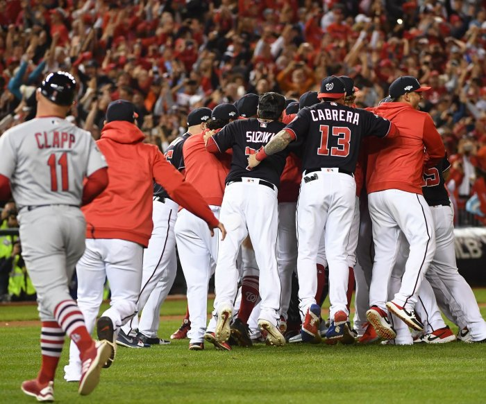 Nationals complete sweep of Cards, advance to 1st World Series