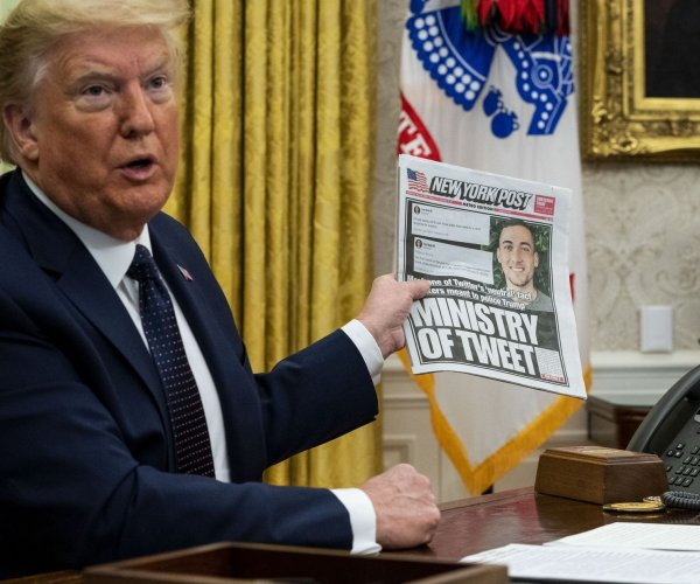 Trump signs order to 'defend free speech' on social media