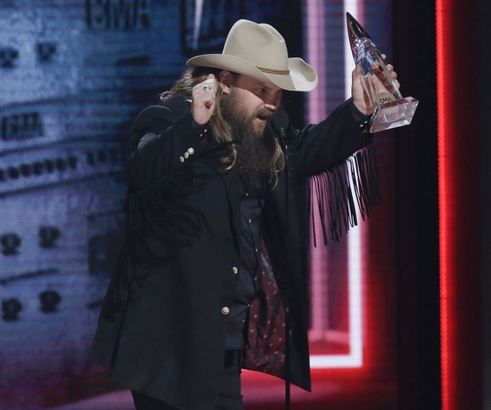 Chris Stapleton, Carrie Underwood light up 2018 CMAs