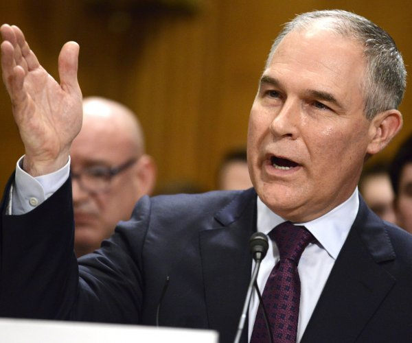 New EPA chief Pruitt worked closely with oil, gas firms