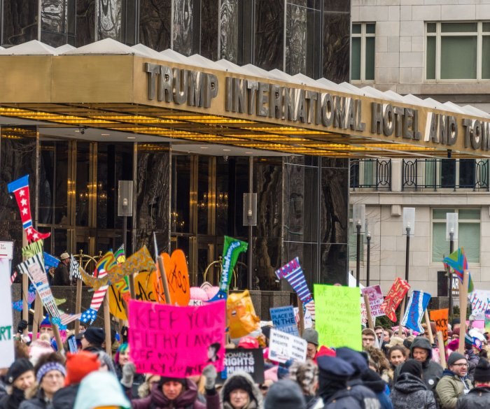Thousands participate in Women's Marches across U.S.
