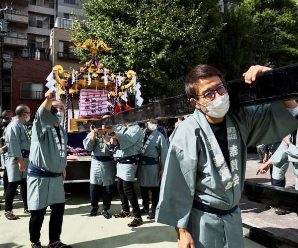 Japan celebrates belated Sanja Matsuri Festival