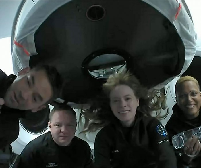 SpaceX Inspiration4 mission: first all-civilian crew to orbit Earth