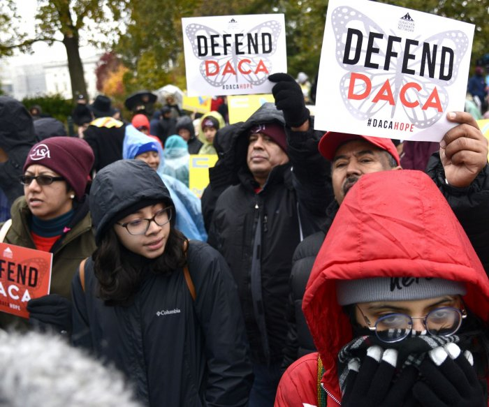 Divided Supreme Court appears to favor Trump plan to end DACA