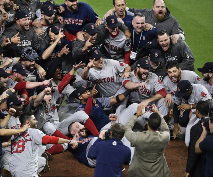 ALCS: David Price shines as Red Sox reach World Series