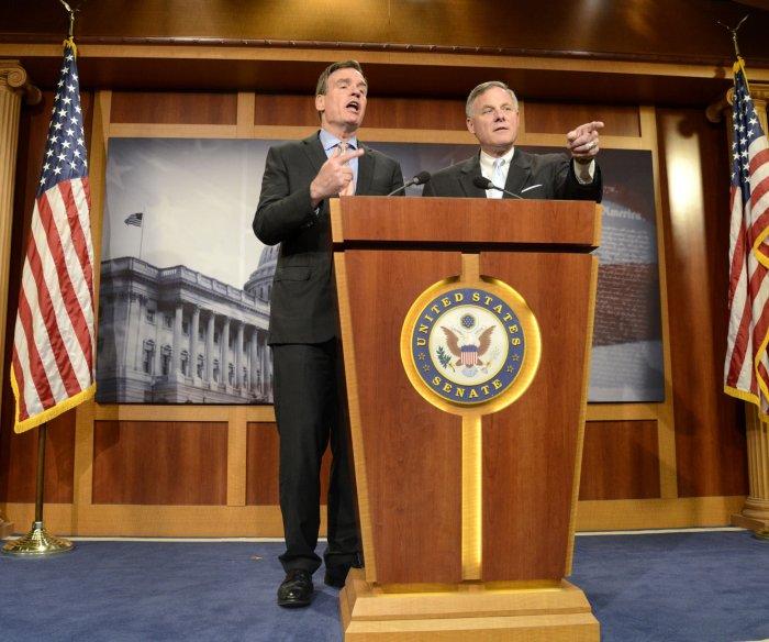 Senate Intelligence Committee: 7 staffers on Russia probe