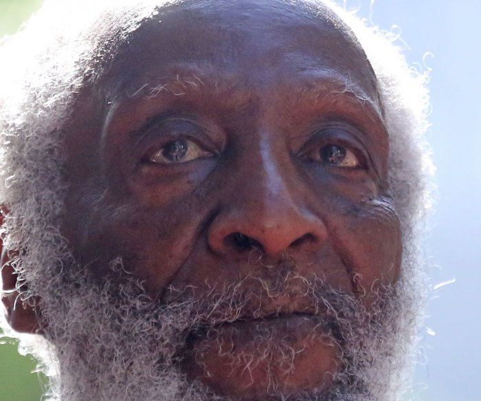 Comedian and activist Dick Gregory dead at 84