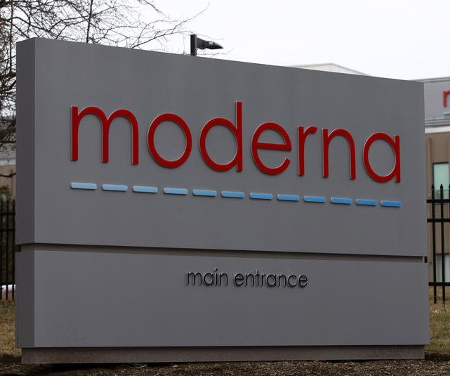 Moderna, U.S. government reach deal for 100M doses of COVID-19 vaccine