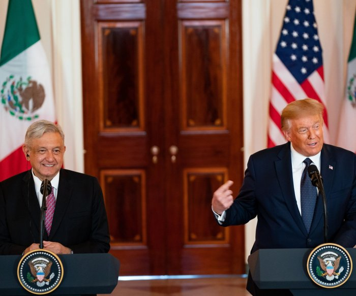 U.S., Mexico presidents meet to sign trade agreement