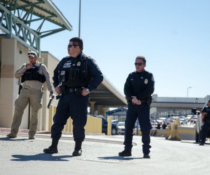 Anti-migrant group member arrested by FBI