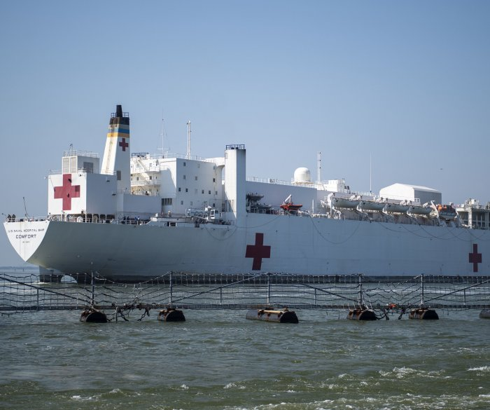 Trump praises healthcare workers as USNS Comfort deploys