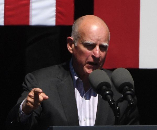 California Gov. Jerry Brown seeks $450 million for flood control
