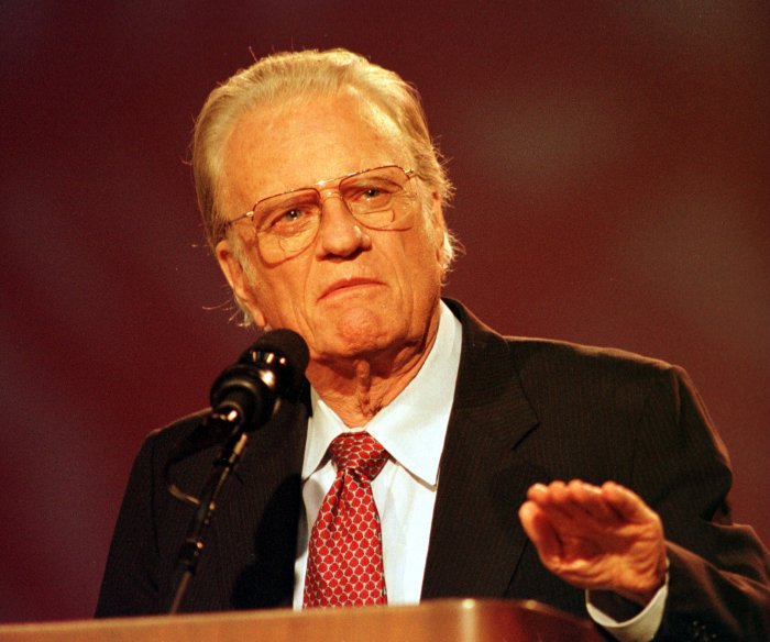 Billy Graham: Highlights of famous evangelist's career