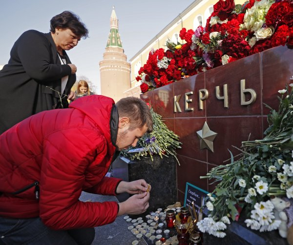 Crimea death toll rises to 20; authorities question if shooter acted alone