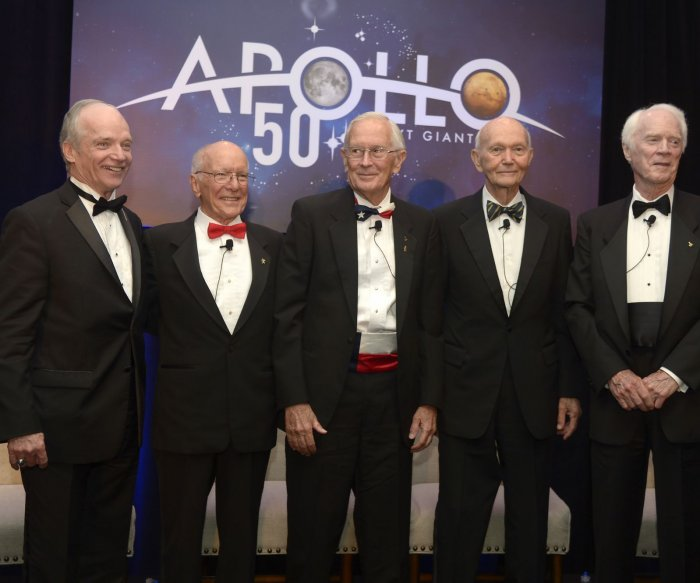 Humanity needs bold new space mission, Apollo legends agree