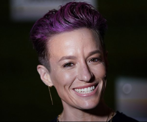 Sports Illustrated gala honors Megan Rapinoe as Sportsperson of the Year