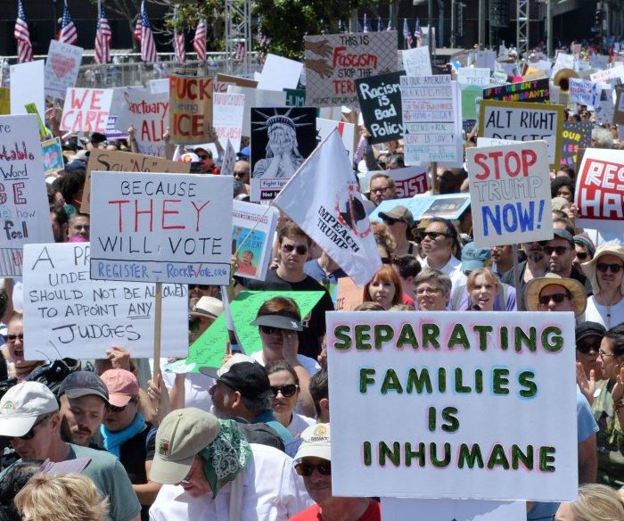 Judge temporarily halts deportations for reunited families