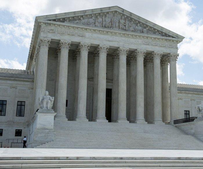 U.S. executes killer Daniel Lewis Lee after Supreme Court ruling