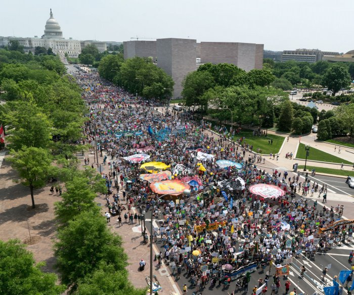 Thousands gather in D.C. heat for People's Climate March