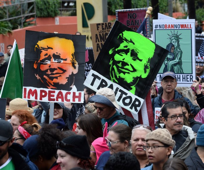 Thousands protest President Trump's immigration policies in Los Angeles