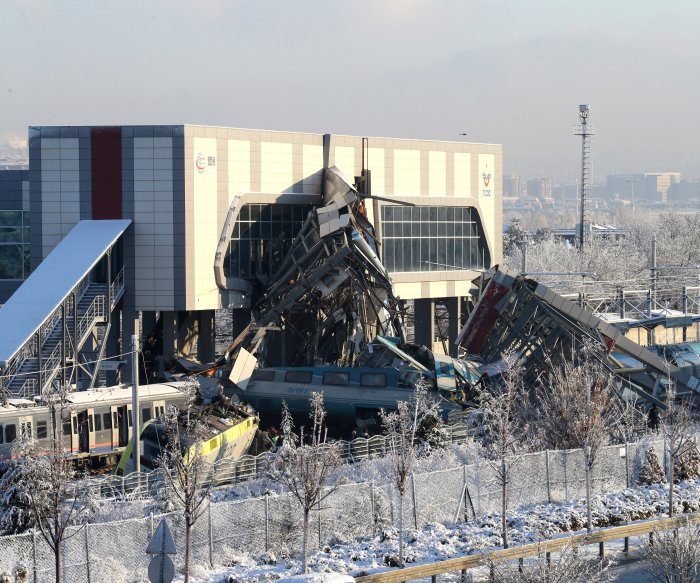 At least 7 dead in high-speed train crash in Turkey