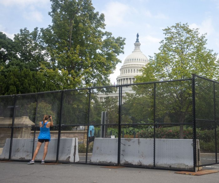Security fencing returns to U.S. Capitol ahead of far-right rally this weekend