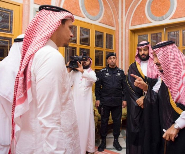 Saudi king, prince meet with members of slain journalist's family