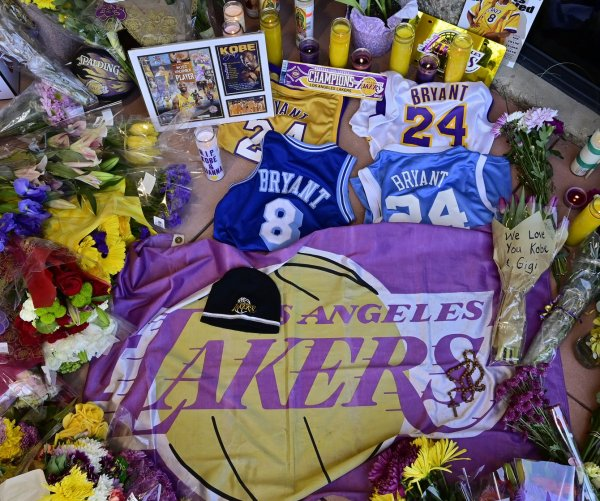 Dallas Mavericks to retire No. 24 in honor of Lakers icon Kobe Bryant